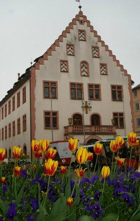 Engel-Apotheke: das alte Rathaus (Originalfoto hochkant)