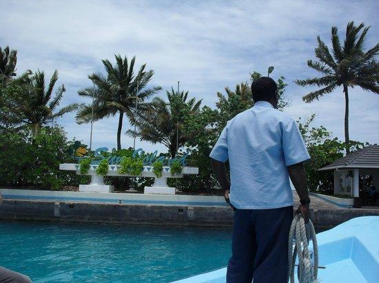 Sun Island Resort : причал нашего острова