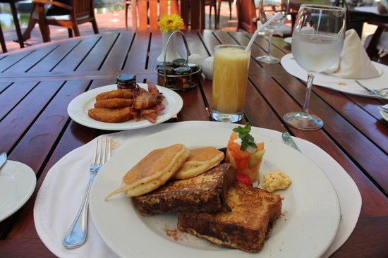 Casa Velas : Breakfast @ Emiliano's