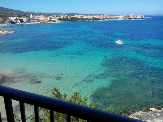 Intertur Hotel Hawaii Ibiza : vue jour