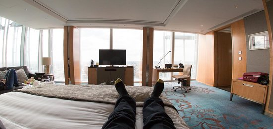 Shangri-La Hotel, At The Shard, London: View from bed