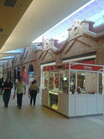 2412bc6aede68 Fachada 2 - Picture of Alto Rosario Shopping