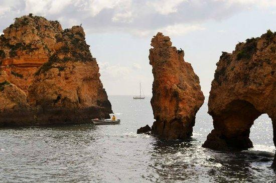 We Hate Tourism Tours: fishermen