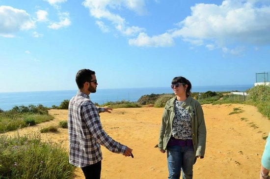 We Hate Tourism Tours: Our guides Tiago and Jo <3