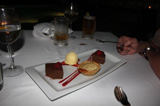 Casa Velas: Beach Dinner dessert selection