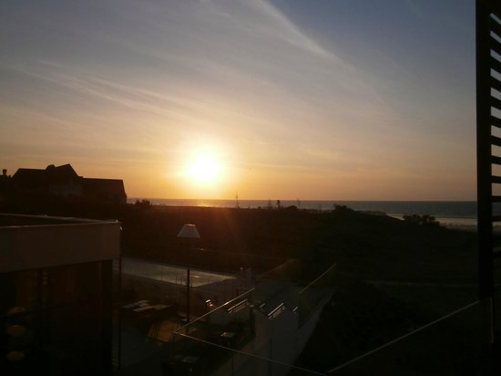 Hôtel les bains de Cabourg : coucher de soleil sur notre balcon
