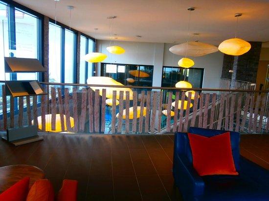 Hôtel les bains de Cabourg : vue du hall d entrée