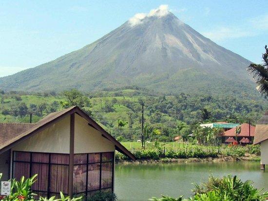 Hotel Montaña de Fuego Resort & Spa: habitaciones del lago