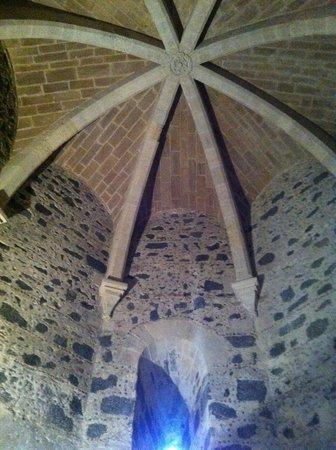 Museo Civico Castello Ursino : Una torretta, veduta interna