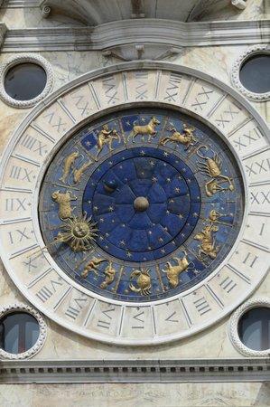 Torre dell'Orologio : Clock