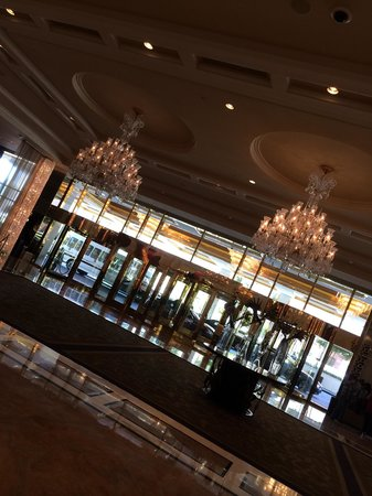 Trump International Hotel Las Vegas: Lobby
