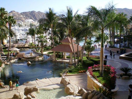 Hacienda del Mar Los Cabos : Beautiful resort grounds with pools and gardens