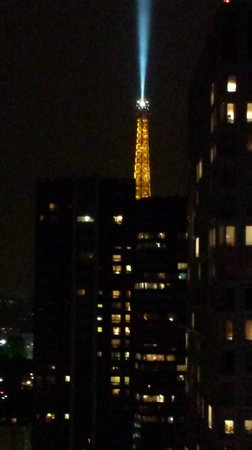 Novotel Paris Centre Tour Eiffel: Room 2305