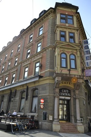 Central Hotel: Hotel
