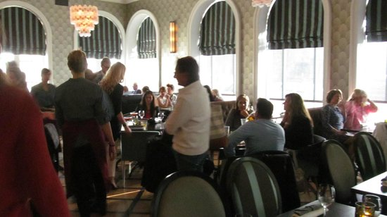 Hotel Borg by Keahotels: Restaurant pre rennovation - breakfast