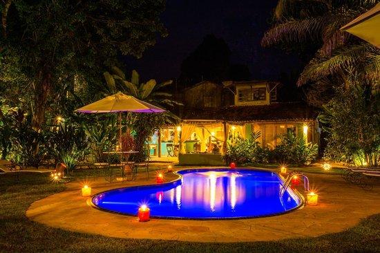 Pousada Raizes do Brasil: piscina