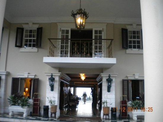 Sandals Royal Plantation: Entrance