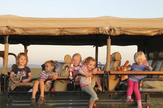 Naboisho Camp, Asilia Africa: Kids in jeep