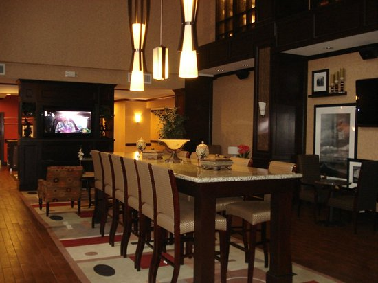 Hampton Inn & Suites Buffalo: Restaurante
