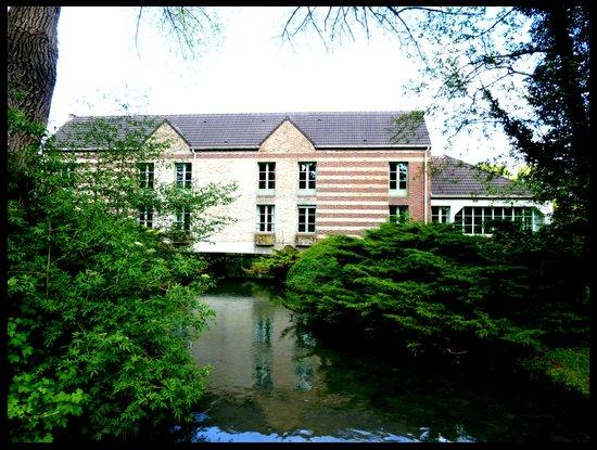Le Moulin de Mombreux : hotel
