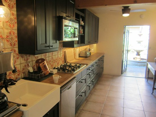 Hotel California: Shared Kitchen