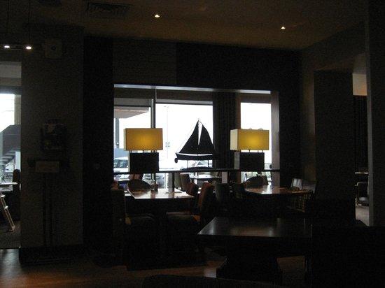 Premier Inn Belfast Titanic Quarter Hotel: Window