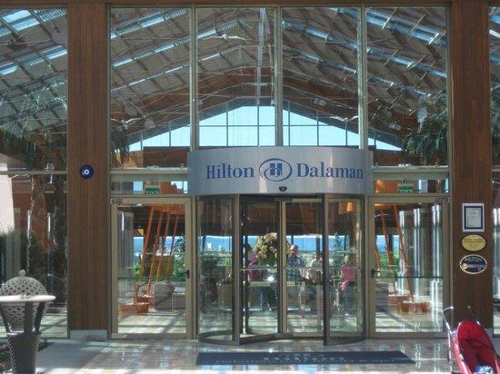 Hilton Dalaman Sarigerme Resort & Spa: Hotel entrance