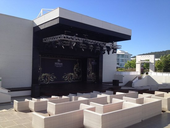 Hilton Dalaman Sarigerme Resort & Spa: Amphitheatre for evening shows