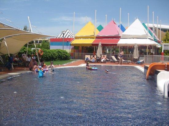 Hilton Dalaman Sarigerme Resort & Spa: One of the children's pools