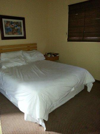 Tropicana River Lodge: The main bedroom