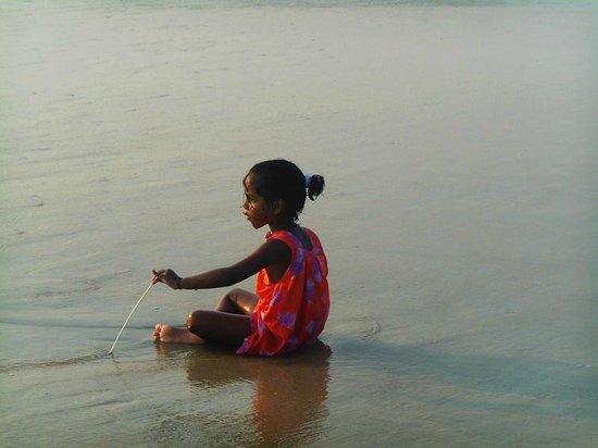 Benaulim Beach: enfant