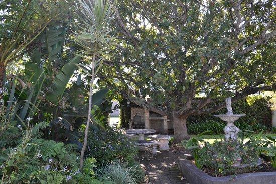 Pat's Place B&B: Garten