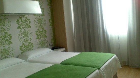 NH Campo Cartagena: dormitorio