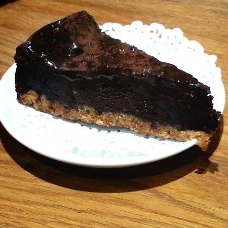 Aromi: Chocolate cake
