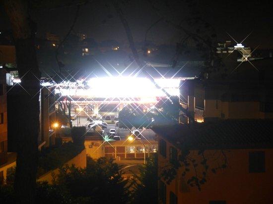 Amazonia Estoril Hotel: Casino at night