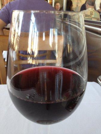 Il Fornaio: The wine glass