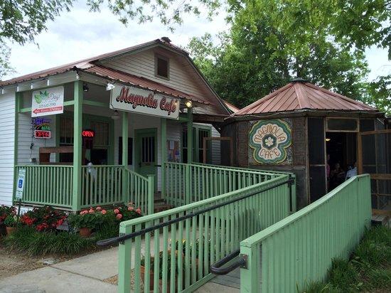Magnolia Cafe : Entrance