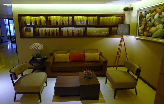 The Dawin Bangkok Hotel: hotel foyer