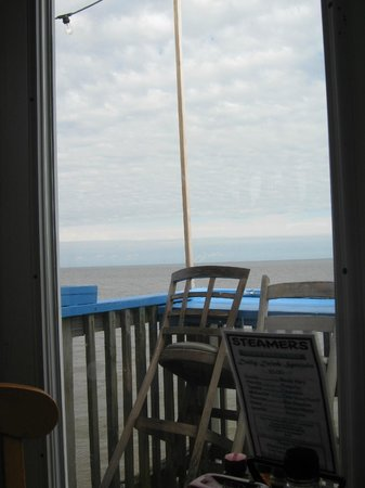 Steamers Clam Bar & Grill: View from our table