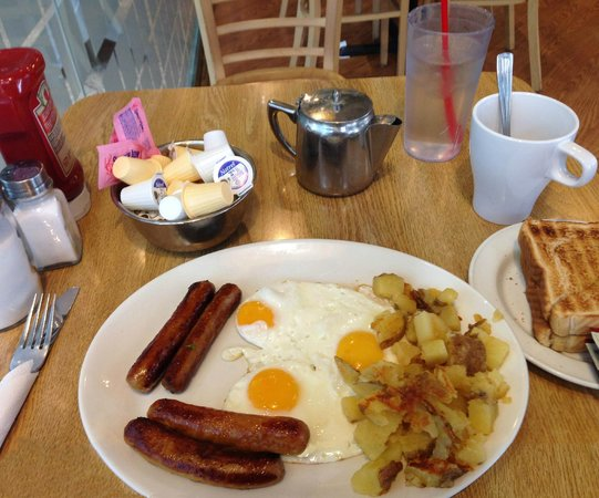 Sunset Grill: Sausage and 3 eggs, buttered toast, Jam and tea