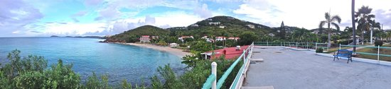 Bluebeard's Beach Club and Villas: panorama view of the property from reception area terrace