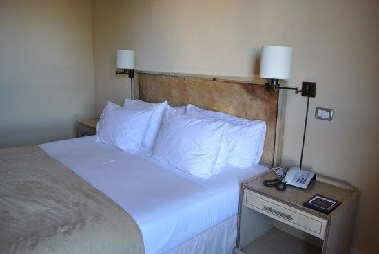 Hotel Cabo de Hornos: Habitación