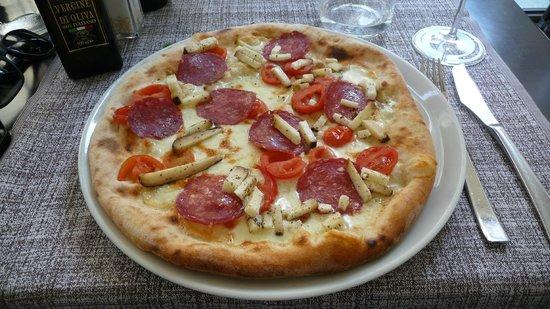 La Bussola: Wild boar pizza