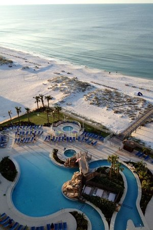 Holiday Inn Resort Pensacola Beach: Early morning view