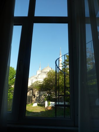 Lamp Hotel: The Blue Mosque from my bedroom window