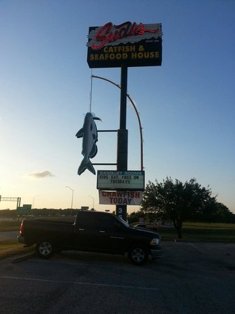 Sudie's Catfish House: Gulf fwy