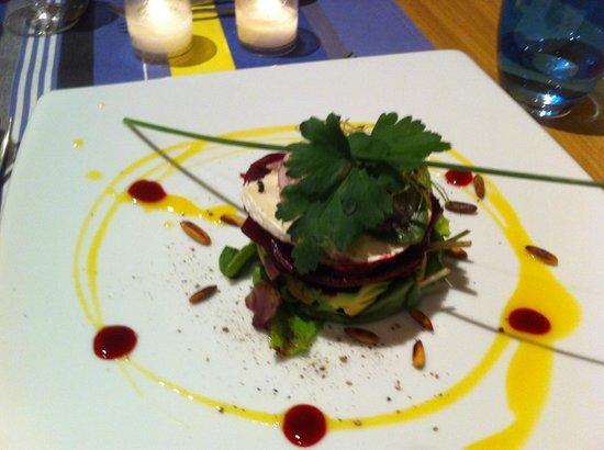 Le Citronnier : salade de chevre et de betterave a la mangue
