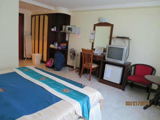 Adonis Guest House: Room 101