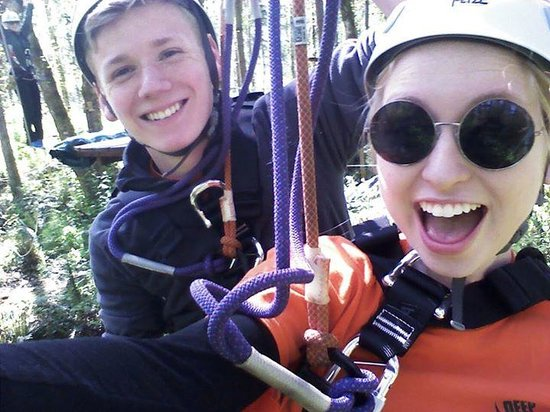 Point Defiance Park : Doing the ziplines and ropes courses at Deep Forest Challenge inside Pt defiance zoo and aquariu