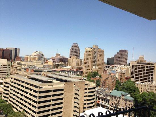 View From 17th Floor Overlooking Riverwalk Area Picture